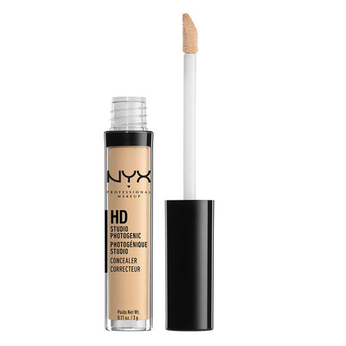 NYX Professional Makeup Concealer Wand CW04 Beige